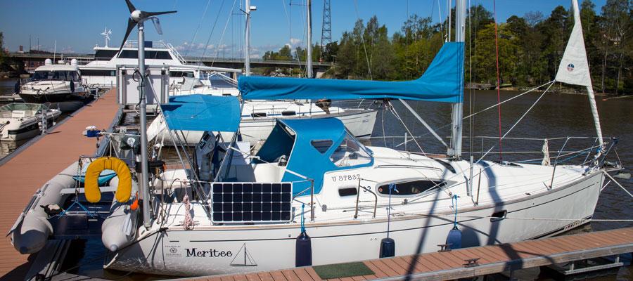 feeling 32 electric sailboat