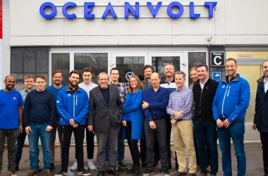 Jimmy Cornell visits Oceanvolt to discuss his EL.CA.NO project